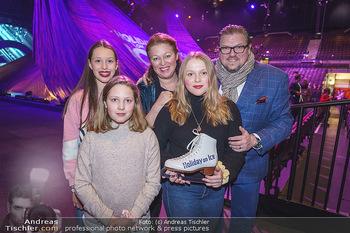 Holiday on Ice Premiere - Wiener Stadthalle - Mi 29.01.2020 - Familie Michael SCHADE mit Ehefrau Dee MCKEE mit Tochter Eva5
