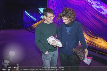 Holiday on Ice Premiere - Wiener Stadthalle - Mi 29.01.2020 - Manuel RUBEY mit Freundin Stefanie NOLZ12
