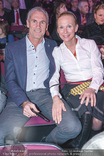 Holiday on Ice Premiere - Wiener Stadthalle - Mi 29.01.2020 - Michael und Tina KONSEL41