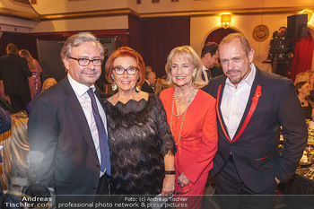 Seitenblicke Gala für Licht ins Dunkel - Interspot Filmstudios, Wien - Do 30.01.2020 - Alexander WRABETZ, Inge KLINGOHR, Dagmar KOLLER, Gery KESZLER22