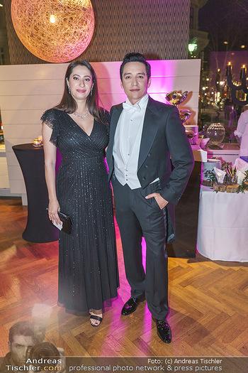 Hallmann Empfang - Le Meridien - Do 20.02.2020 - Gabriel LUNA mit Ehefrau Smaranda14