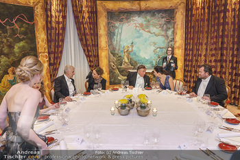 Lugner Fototermin und Abendessen - Grand Hotel, Wien - Do 20.02.2020 - Abendessen am runden Tisch - Richard LUGNER, Ornella MUTI17