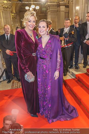 Opernball 2020 - Wiener Staatsoper - Do 20.02.2020 - Nadja SWAROVSKI, Maria GROßBAUER74