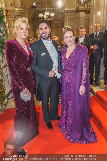 Opernball 2020 - Wiener Staatsoper - Do 20.02.2020 - Nadja SWAROVSKI, Maria GROßBAUER, Clemens UNTERREINER76