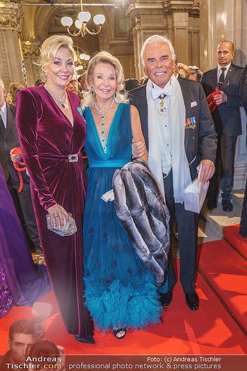 Opernball 2020 - Wiener Staatsoper - Do 20.02.2020 - Nadja SWAROVSKI, Marina GIORI-LHOTA, Adalbert LHOTA87