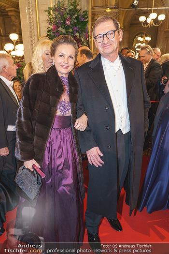 Opernball 2020 - Wiener Staatsoper - Do 20.02.2020 - Doris FELBER mit Ehemann120