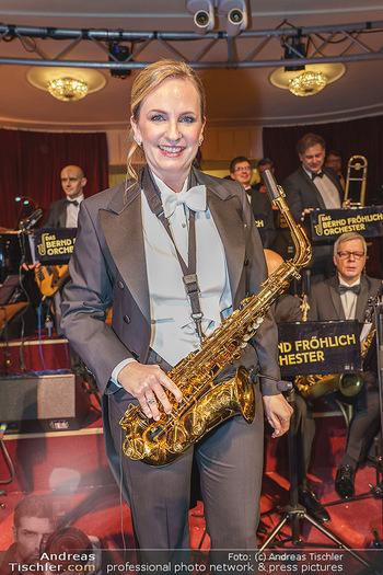Opernball 2020 - Wiener Staatsoper - Do 20.02.2020 - Maria GROßBAUER am Saxophon242