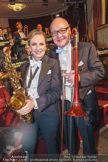 Opernball 2020 - Wiener Staatsoper - Do 20.02.2020 - Maria GROßBAUER am Saxophon, Nils LANDGREN243