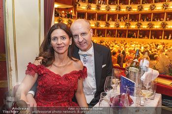 Opernball 2020 - Wiener Staatsoper - Do 20.02.2020 - Klemens JOOS mit Ehefrau Manuela283