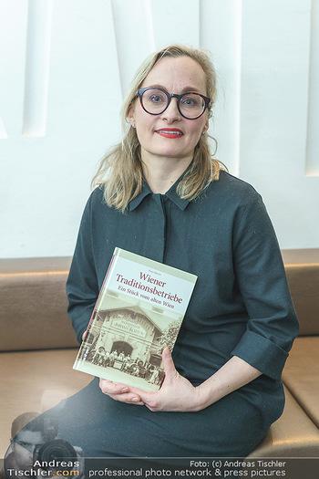 Buchpräsentation ´Wiener Traditionsunternehmen´ - Kattus Sektkellerei, Wien - Mi 26.02.2020 - Freya MARTIN3
