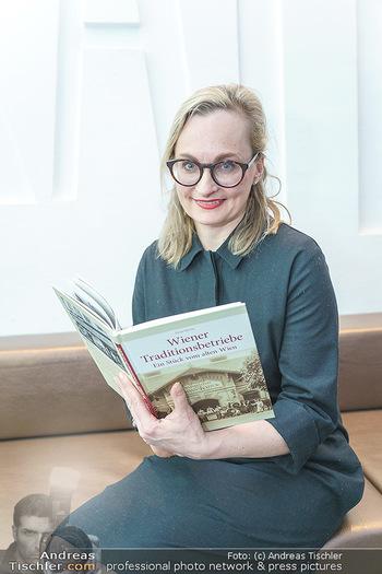 Buchpräsentation ´Wiener Traditionsunternehmen´ - Kattus Sektkellerei, Wien - Mi 26.02.2020 - Freya MARTIN4