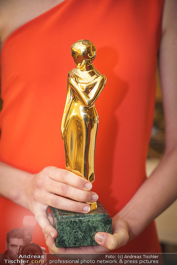 Pressekonferenz zur Romy Gala 2020 - Grand Hotel, Wien - Di 03.03.2020 - ROMY Statue, Trophee, Preis, Award, Goldpokal, Figur6