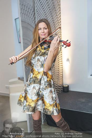 Salon Opening - Real Beauty Vienna - Mi 04.03.2020 - Celine ROSCHEK6