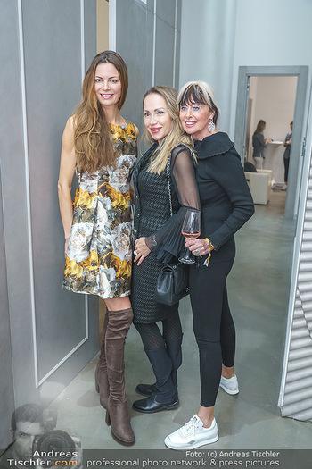 Salon Opening - Real Beauty Vienna - Mi 04.03.2020 - 16