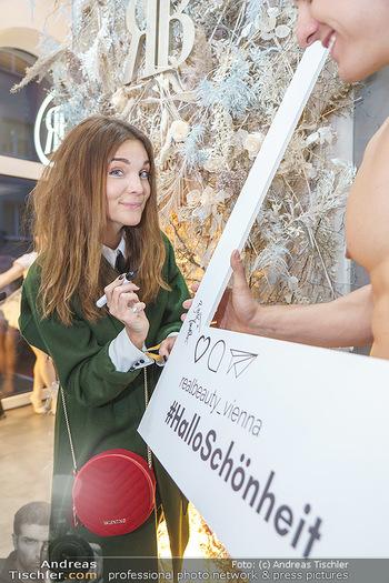 Salon Opening - Real Beauty Vienna - Mi 04.03.2020 - Barbara KAUDELKA35