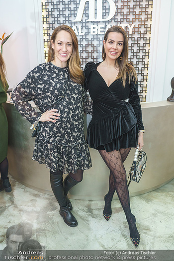 Salon Opening - Real Beauty Vienna - Mi 04.03.2020 - Nadine MIRADA, Bianca SCHWARZJIRG47