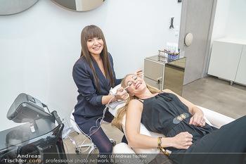 Salon Opening - Real Beauty Vienna - Mi 04.03.2020 - Sandra RAUNIGG, Rodica POPA53