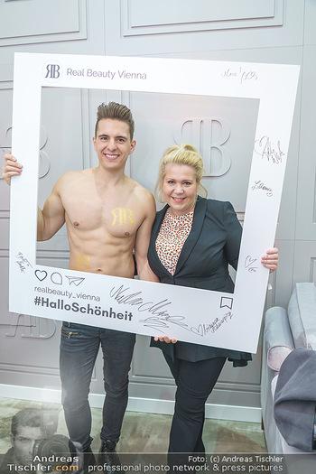 Salon Opening - Real Beauty Vienna - Mi 04.03.2020 - Philipp KNEFZ, Susanna HIRSCHLER59