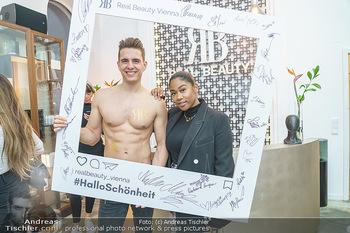 Salon Opening - Real Beauty Vienna - Mi 04.03.2020 - Philipp KNEFZ, Rose May ALABA100