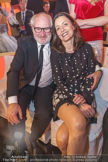 Dancing Stars 2020 Auftakt - ORF Zentrum - Sa 07.03.2020 - Michael SCHOTTENBERG mit Freundin Claire7