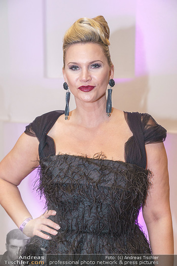 Dancer against Cancer Ball - Hofburg Wien - Fr 06.03.2020 - Natasha HENSTRIGDE (Portrait)31