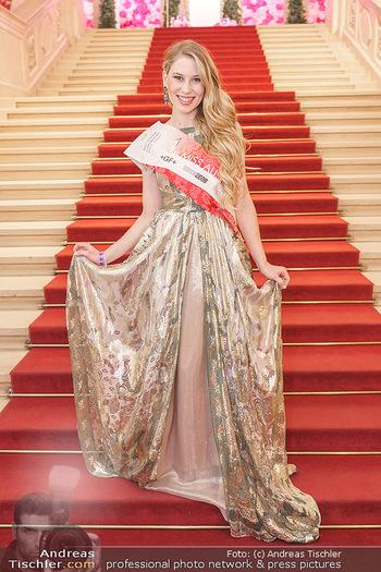 Dancer against Cancer Ball - Hofburg Wien - Fr 06.03.2020 - Larissa ROBITSCHKO48