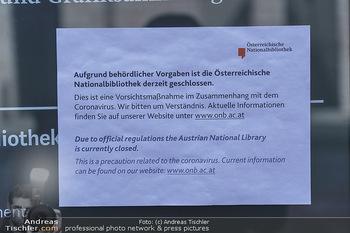 Coronavirus COVID-19 Feautre - Wien - Do 12.03.2020 - Welt Museum Wien bei der Nationalbibliothek, Hofburg - geschloss19