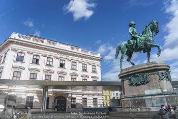 Coronavirus COVID-19 Feautre - Wien - Do 12.03.2020 - Albertina Museum Wien - geschlossen wegen Coronavirus36