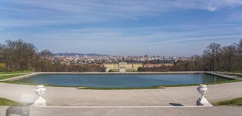 Corona Lokalaugenschein - Wien - Mo 16.03.2020 - Schloss Schönbrunn menschenleer Park ausgestorben wegen Coronav12