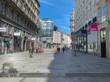 Corona Lokalaugenschein - Wien - Mo 16.03.2020 - Kärntnerstraße Wien wie ausgestorben wegen Ausgangssperre gesc71