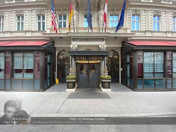 Corona Lokalaugenschein - Wien - Di 17.03.2020 - Hotel Sacher Wien Vienna Haupteingang, Architektur, Frontansicht53