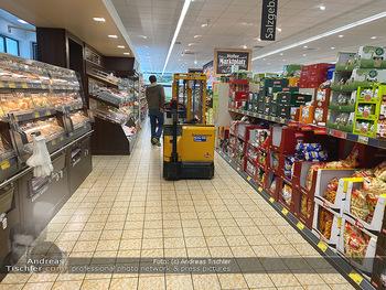 Corona Lokalaugenschein - Wien - Di 17.03.2020 - gut gefüllte Supermärkte Supermarkt Lieferkette, Lebensmittelh84
