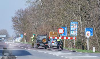 Corona Feature - Wien - Do 19.03.2020 - Grenzkontrolle anlässlich Coronavirus Grenze Tschechien Österr2