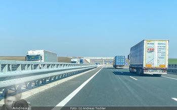 Corona Feature - Wien - Do 19.03.2020 - nur mehr LKWs Lieferbetrieb auf den Autobahnen aufgrund Coronavi4