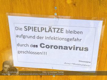 Corona Feature - Wien - Do 19.03.2020 - Spielplätze und Parks geschlossen wegen Coronavirus bei Frühli8