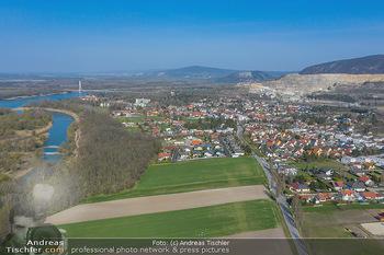 Fototour Großraum Hainburg - Hainburg, Carnuntum - Fr 27.03.2020 - Blick Richtung Petronell-Carnuntum Bad Deutsch-Altenburg Luftbil4
