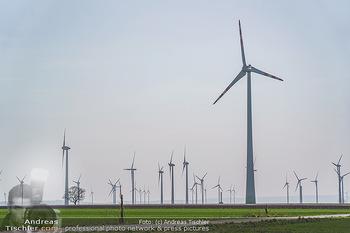 Fototour Großraum Hainburg - Hainburg, Carnuntum - Fr 27.03.2020 - Windräder Windpark Windradpark Stromerzeugung Umwelt Nachhaltig53