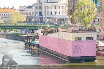 Corona Feature - Wien, NÖ - So 05.04.2020 - Urania Sternwarte am Wien Kanal Architektur Sehenswürdigkeit Ba23