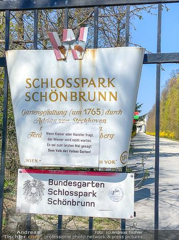 Corona Feature - Wien, NÖ - So 05.04.2020 - Schlosspark Schönbrunn geschlossen gesperrten Bundesgarten Bund53