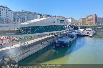 Corona Feature - Wien, NÖ - So 05.04.2020 - Restaurand Motto am Fluss Donaukanal Wien geschlossen Lokale Ges89