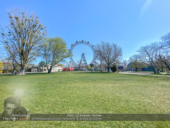 Corona Feature - Wien, NÖ - So 05.04.2020 - Wiener Riesenrad gesperrt Kaiserwiese keine Touristen Coronaviru94