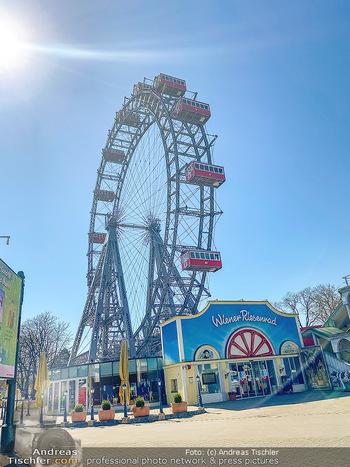 Corona Feature - Wien, NÖ - So 05.04.2020 - Wiener Riesenrad gesperrt keine Touristen Coronavirus Covid-19 V99