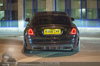 Marko Arnautovic Dreharbeiten - Wien - Mi 27.05.2020 - Bentley Mansory von Marko Arnautovic von außen hinten2