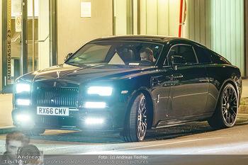 Marko Arnautovic Dreharbeiten - Wien - Mi 27.05.2020 - Bentley Mansory von Marko Arnautovic von außen4