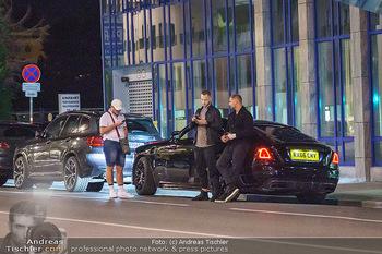 Marko Arnautovic Dreharbeiten - Wien - Mi 27.05.2020 - Marko ARNAUTOVIC vor seinem eigenen Bentley Mansory15