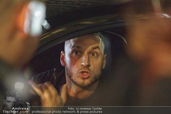 Marko Arnautovic Dreharbeiten - Wien - Mi 27.05.2020 - Marko ARNAUTOVIC am Steuer seines eigenen Bentley Mansory57