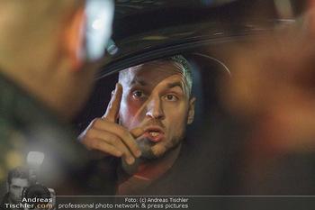 Marko Arnautovic Dreharbeiten - Wien - Mi 27.05.2020 - Marko ARNAUTOVIC am Steuer seines eigenen Bentley Mansory59