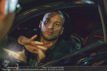 Marko Arnautovic Dreharbeiten - Wien - Mi 27.05.2020 - Marko ARNAUTOVIC am Steuer seines eigenen Bentley Mansory61