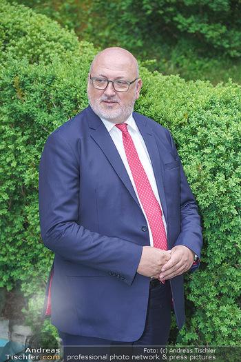 Dinner Empfang im kleinen Rahmen - Fuchs Villa, Wien - Fr 29.05.2020 - Andreas MATTHÄ (Portrait)36