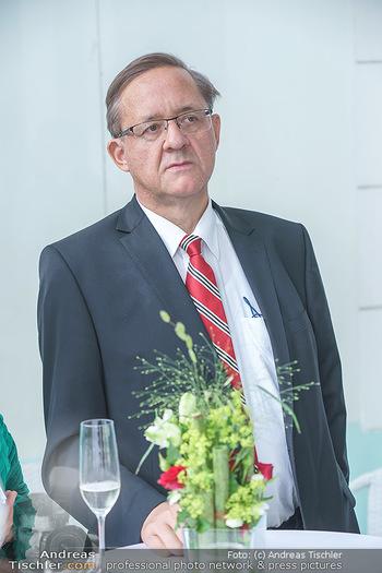 Dinner Empfang im kleinen Rahmen - Fuchs Villa, Wien - Fr 29.05.2020 - Günther OFNER (Portrait)49